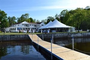 Buzz's Lakeside Inn Resort on the shores of Whitelake, Whitehall MIchigan
