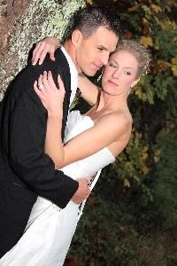 Alevtina Photography, Cleveland — In 1999, I began my career in wedding photography. I enjoy working with people! My aim is to capture the unique personality of every wedding in an unobtrusive and relaxed form. I provide quality photographs, blending photojournalism with beautifully posed traditional style images.