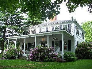 Kenniston Hill Inn Bed And Breakfast