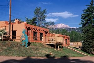 El Colorado Lodge