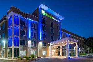 Holiday Inn Express Norwood