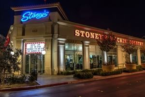 Stoney's Rockin' Country