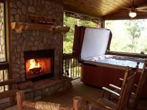 Vacation Rental - Upscale Blue Ridge Mountain Cabin, Luxury Blue Ridge Cabin Accommodations, Blue Ridge — A Luxury Cabin features Screen Porch with Hot Tub & Fireplace