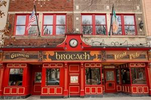 Brocach Irish Pub