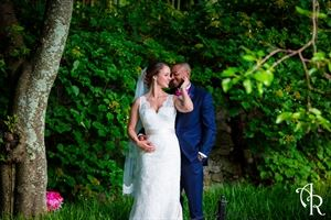 Aaron Riddle - Wedding Officiant and Photographer