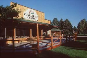 El Western Conference Center, El Western Cabins & Lodges, Ennis