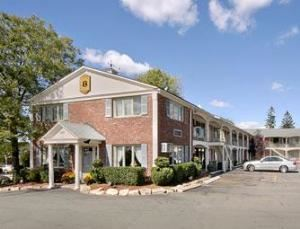 Super 8 Motel - Sturbridge
