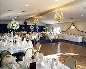 Bridge Room, Country Lakes Party Center And Event Venue, Broadview Heights — Bridge Room