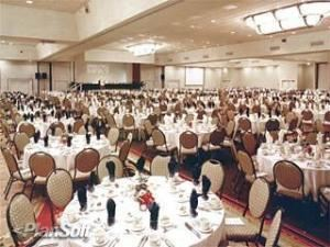 Citrus Crown Ballroom, DoubleTree by Hilton Hotel at the Entrance to Universal Orlando, Orlando — The Stage is set, the rounds are ready, bring on the guests! The 15,158 square foot (1,408 square meter) Citrus Crown Ballroom is ideal for large meetings and events.