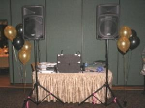 Emerald Music, Nottingham — EMERALD MUSIC,THE RIGHT CHOICE FOR MOBILE PARTY MUSIC.