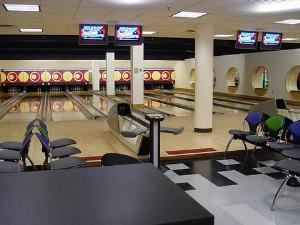 The Gopher Spot, Saint Paul — This is a view of the bowling lanes at the Gopher Spot.