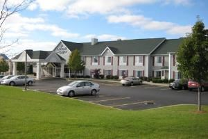 Country Inn & Suites Rochester-Henrietta, NY