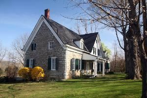 The Hurley Stone House bed and breakfast