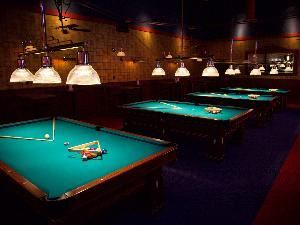 Executive Billiards Room, Dave & Buster's, Orange