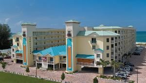 Sunset Vistas Beachfront Suites, Saint Petersburg — Located just 3 miles north of St. Pete Beach, this is Treasure Island's newest all-suite, beachfront resort!