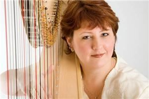 Amy Walts, Harpist