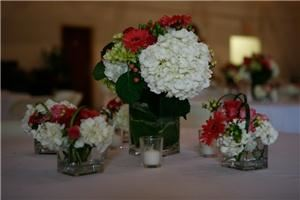 Mother Earth Floral Design & Event Planning  Moulton