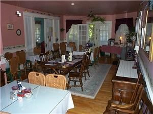 Dining Room, The Bentley Inn, Point Pleasant Beach