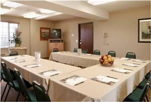 LaQuinta Inns & Suites, Portland — Columbia Meeting Room