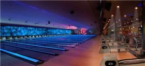 Entire Facility, BOWLMOR Dallas, Addison — A spectacular light and video show set the mood on our 36-lane main concourse.