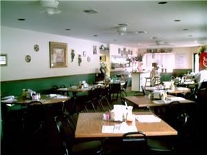 Main Dining and Banquet Room, Zorba's Restaurant & Pizzeria, Debary — Main Dining Room viewed from the Banquet Room
