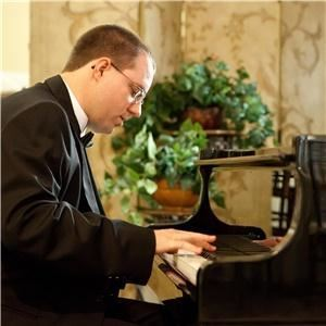 Eric Redmond, Pianist/Vocalist - Lake City