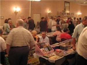 Mid-Atlantic Nostalgia Convention, Hunt Valley — Vendor room