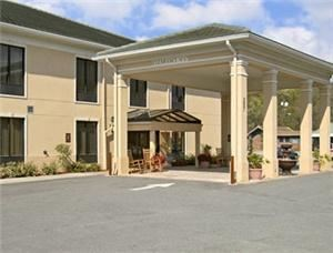 Baymont Inn And Suites Savannah / Garden City
