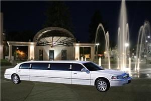 Seattle Limo TownCar Airport Service
