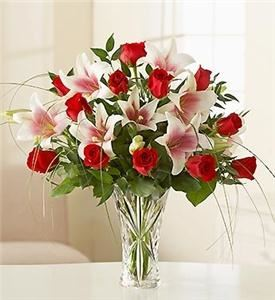 Fernandez Flowers and Gifts, Yonkers — Fernandez Flower Shop, is located at 419 South Broadway in Yonkers, NY is known for its high quality floral arrangements and fresh cut flowers. Fernandez Flower Shop can provide beautiful special occasion flowers for birthdays, anniversaries, get-well wishes, condolences, the birth of a baby, corporate events, meetings, weddings and funerals. We offer free delivery on all online floral orders. People in Yonkers have trusted Fernandez Flower Shop and the Mattu family with all of their floral needs since 1998. We offer the freshest, highest quality flowers in Yonkers, delivered daily to our store. Our professional floral designers can create beautiful custom flower arrangements that are suitable for any occasion and fit any budget.