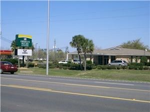 America's Best Inn & Suites, Foley — America's Best Inn & Suites is centrally located in the heart of beautiful Foley, Alabama.  Whether for business