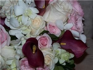 J  Floral  Designs, Enfield — Have your wedding or event be your vision come true. I specialize in unique designs to fit your needs.Call for you free consultation.
