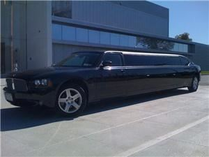 RMJ Limousines, New York  RMJ Limousine specializes in airport transportation service and limousine shuttle services to and from the three major airports in the New York area. LaGuardia Airport, JFK Airport, and Newark Airport. Rest assured that our services extend far beyond trips to and from area airports. Our chauffeured limos will take you anywhere you need to go: Manhattan,Brooklyn,Queens,Staten Island,Long Island, Westchester,New Jersey.