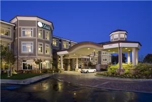 West Inn & Suites