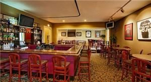 Porter's Bistro And Sports Bar, Wyndham Glenview Suites, Glenview
