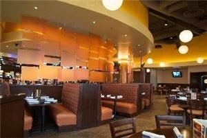 Grand Dining Room, Dave & Buster's Tulsa, Tulsa — Dining Room