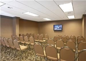 Thomas Room, Crowne Plaza Little Rock, Little Rock — 594 Sq. Ft up to 60 Theater