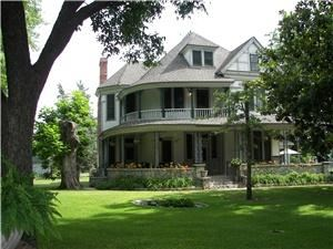 Pecan Valley Inn Bed And Breakfast