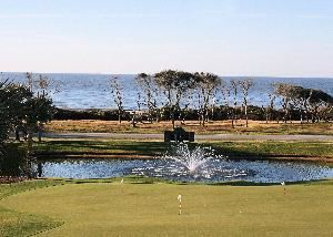 Oak Island Golf & Country Club