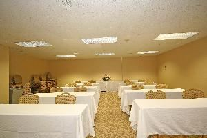 Piedmont East, Quality Inn & Suites- Greensboro Airport, Greensboro