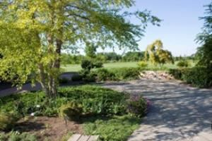Great Lawn, Gardens Of The Fox Cities, Appleton — Great Lawn