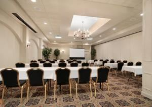 Boardroom, Clarion Inn Conference Center, Gonzales