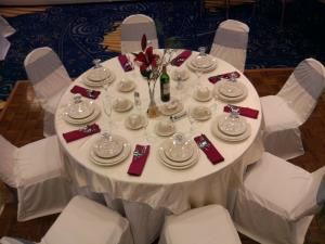 Bedford Room, Bedford Plaza Hotel, Bedford — This room can accomodate up to 100 people banquet.  We can arrange it to make a classroom style, U-shape, or any types of party needs to make your function a success.