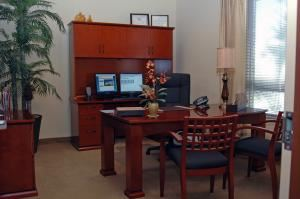 Executive Day Office, Premier Executive Center - Naples, Naples