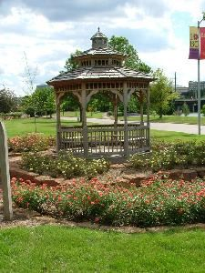 Johnson Gazebo, Des Moines Botanical Center, Des Moines — Johnson Gazebo