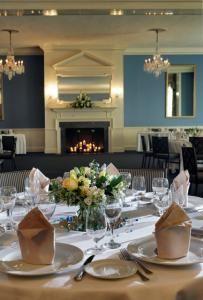 Crystal & Colonial Room, Tidewater Inn, Easton — Crystal Room