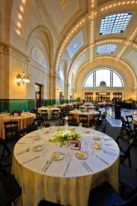 Great Hall at Union Station, Seattle — Stylish and sophisticated - The Great Hall at Union Station