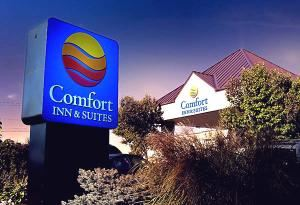 Comfort Inn and Suites- Syracuse Airport