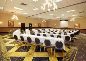 Carolina Ballroom, Clarion Hotel Greensboro Airport, Greensboro