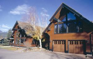 Good Medicine Lodge, Whitefish — Good Medicine Lodge has 3 suites and 6 guest rooms.  The Lodge is rate 3 Diamond by AAA.